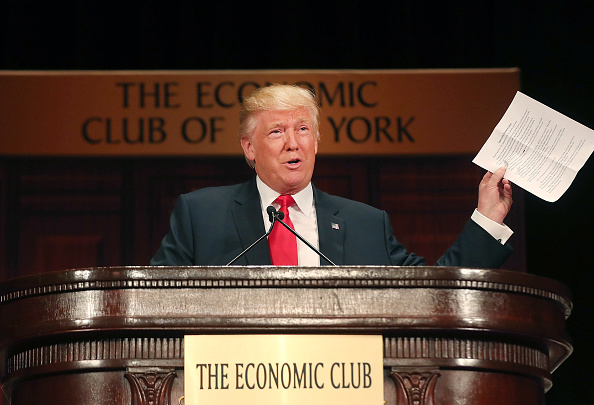 Organization「Presidential Candidate Donald Trump Speaks At The Economic Club Of New York」:写真・画像(18)[壁紙.com]
