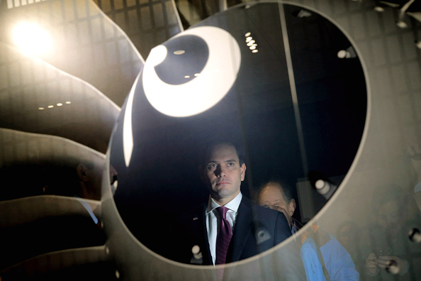 Chip Somodevilla「Marco Rubio Campaigns Ahead Of New Hampshire Primary」:写真・画像(3)[壁紙.com]