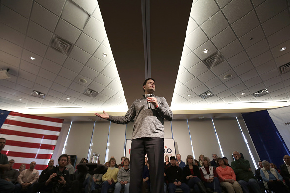 2016 United States Presidential Election「GOP Presidential Candidate Marco Rubio Campaigns In Iowa」:写真・画像(19)[壁紙.com]