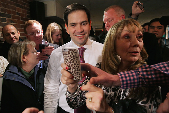 Chip Somodevilla「Marco Rubio Campaigns Ahead Of New Hampshire Primary」:写真・画像(4)[壁紙.com]