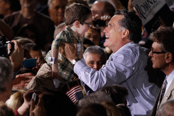 Orlando - Florida「Republican Presidential Candidate Mitt Romney Campaigns In Florida Ahead Of State's Primary」:写真・画像(14)[壁紙.com]
