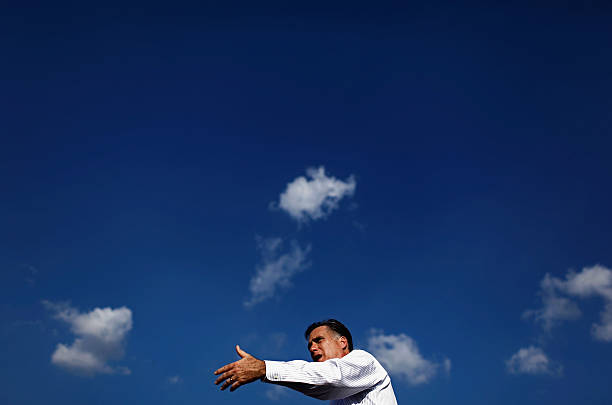 GOP Presidential Candidate Mitt Romney Campaigns In Florida:ニュース(壁紙.com)