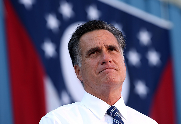 Mitt Romney「Candidate Mitt Romney Campaigns In Crucial Swing States」:写真・画像(12)[壁紙.com]
