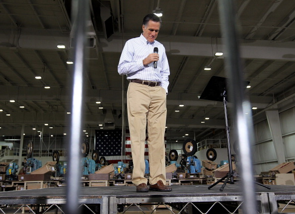 Justin Sullivan「Republican Presidential Candidate Mitt Romney Campaigns In Michigan Ahead Of State's Primary」:写真・画像(2)[壁紙.com]