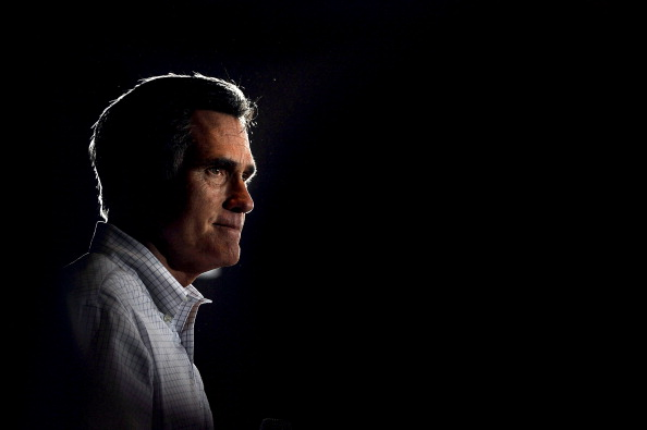 Patrick Smith「GOP Candidate Mitt Romney Campaigns In Arbutus, Maryland」:写真・画像(10)[壁紙.com]