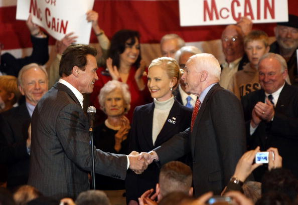 Super Tuesday「John McCain Stumps Throughout The Country On Super Tuesday」:写真・画像(19)[壁紙.com]