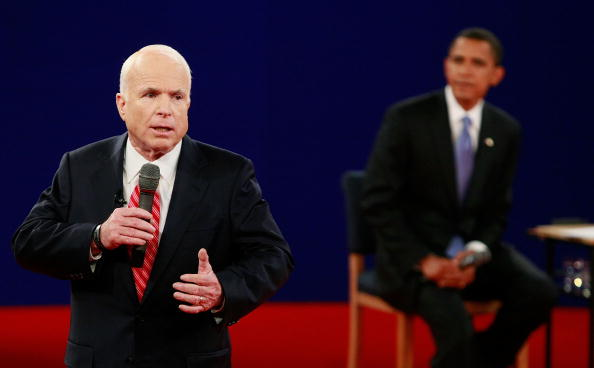 Presidential Candidate「McCain And Obama Spar In Second Presidential Debate」:写真・画像(11)[壁紙.com]