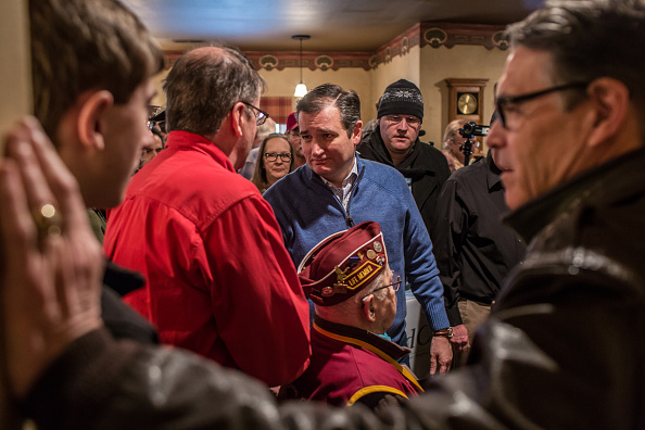 US Republican Party Presidential Candidate「GOP Presidential Candidate Ted Cruz Campaigns In Iowa」:写真・画像(15)[壁紙.com]