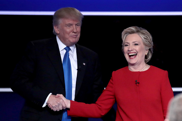 Hand「Hillary Clinton And Donald Trump Face Off In First Presidential Debate At Hofstra University」:写真・画像(14)[壁紙.com]