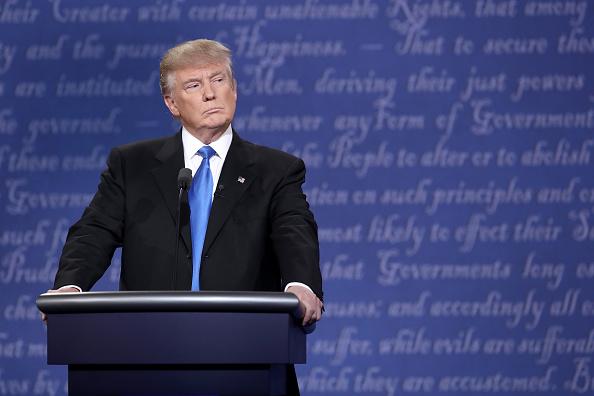 ドナルド・トランプ「Hillary Clinton And Donald Trump Face Off In First Presidential Debate At Hofstra University」:写真・画像(12)[壁紙.com]