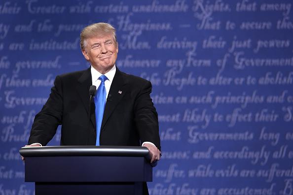 大統領選候補者討論会「Hillary Clinton And Donald Trump Face Off In First Presidential Debate At Hofstra University」:写真・画像(9)[壁紙.com]