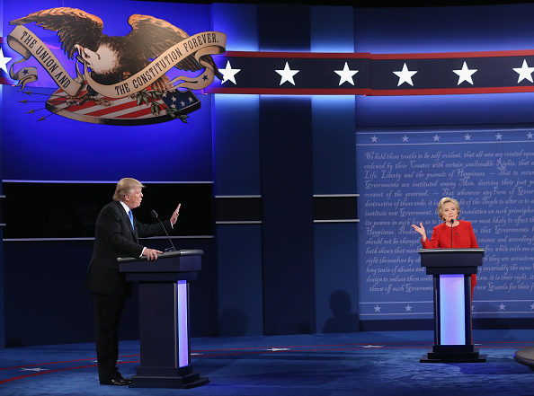 US Democratic Party 2016 Presidential Candidate「Hillary Clinton And Donald Trump Face Off In First Presidential Debate At Hofstra University」:写真・画像(13)[壁紙.com]