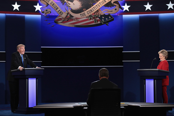 US Republican Party 2016 Presidential Candidate「Hillary Clinton And Donald Trump Face Off In First Presidential Debate At Hofstra University」:写真・画像(4)[壁紙.com]