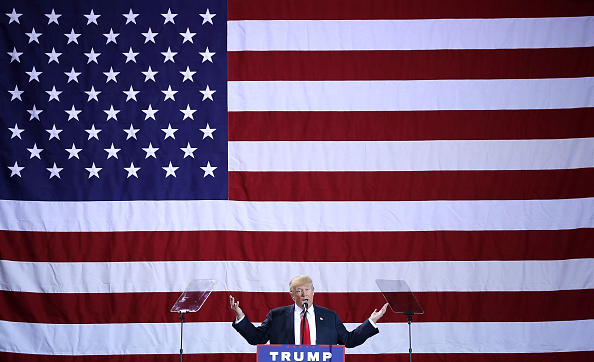 Presidential Candidate「GOP Presidential Nominee Donald Trump Campaigns In Michigan」:写真・画像(7)[壁紙.com]