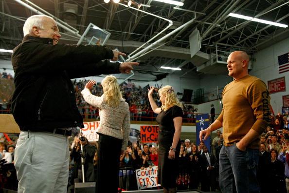 Joe Wurzelbacher「McCain Campaigns On Final Week Before Presidential Election」:写真・画像(15)[壁紙.com]