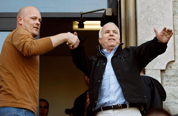 Oregon - US State「McCain Campaigns On Final Week Before Presidential Election」:写真・画像(2)[壁紙.com]