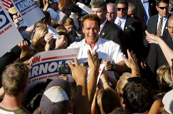 North America「Schwarzenegger Campaigns In Fresno」:写真・画像(17)[壁紙.com]