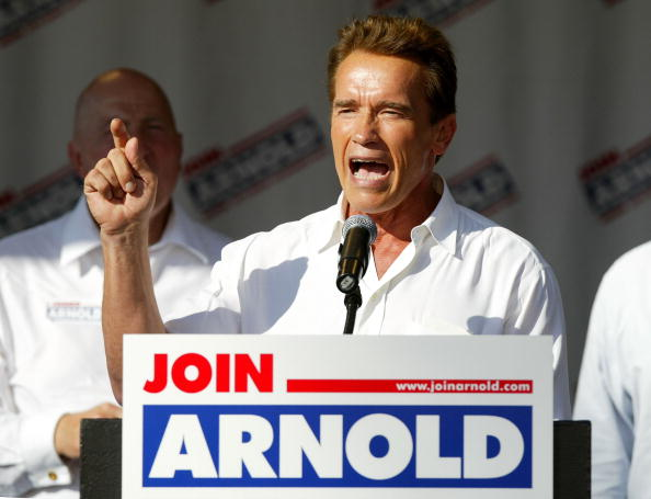 Governor「Schwarzenegger Campaigns In Fresno」:写真・画像(19)[壁紙.com]