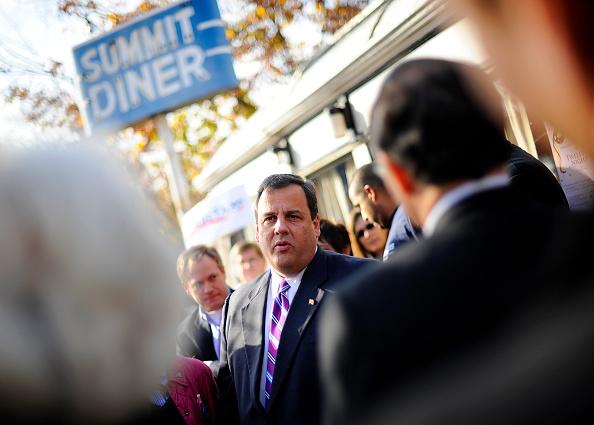 Support「Christie Challenges Incumbent Gov. Corzine In Jersey's Gubernatorial Race」:写真・画像(17)[壁紙.com]