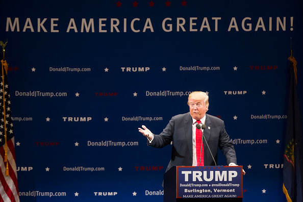 US Republican Party 2016 Presidential Candidate「Donald Trump Holds Campaign Rally In Burlington, VT」:写真・画像(6)[壁紙.com]