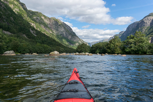 Fjord「Kayaking in a Fjord in Norway during summer」:スマホ壁紙(5)