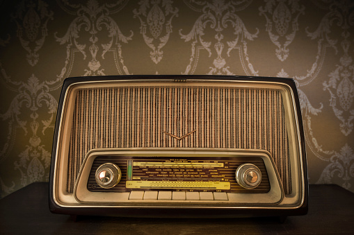 Audio Equipment「Vintage radio with European radio stations」:スマホ壁紙(12)