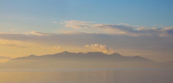 Island of Arran「The Isle of Arran in hazy, pastelly light.」:スマホ壁紙(7)