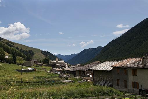 Piedmont - Italy「mountain village in summer」:スマホ壁紙(9)