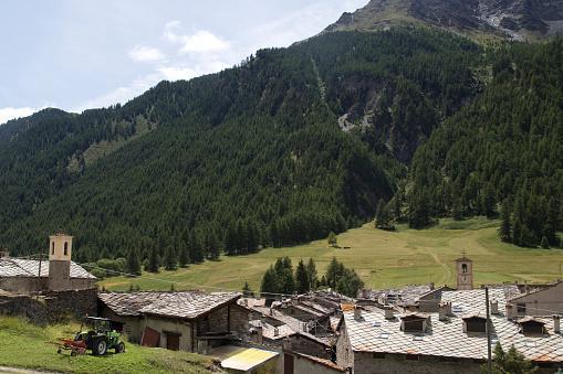 Piedmont - Italy「mountain village in summer」:スマホ壁紙(12)
