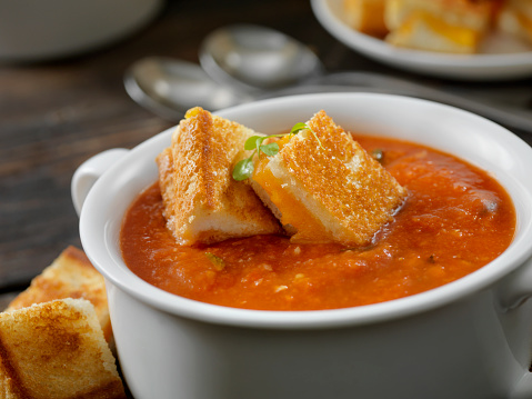 Tomato Sauce「Roasted Tomato, Garlic and Basil Soup with Grilled Cheese Croutons」:スマホ壁紙(6)