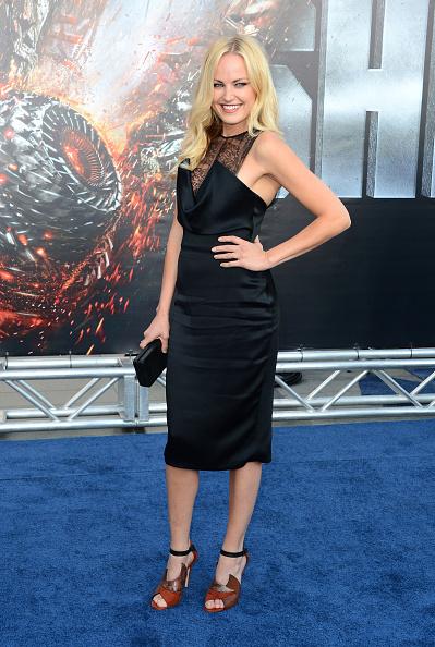 ノースリーブワンピース「Premiere Of Universal Pictures' 'Battleship' - Arrivals」:写真・画像(12)[壁紙.com]