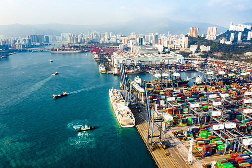 Ship「Colorful containers in container terminal, trade Industry Hong Kong China. Top view drone aerial shot」:スマホ壁紙(17)