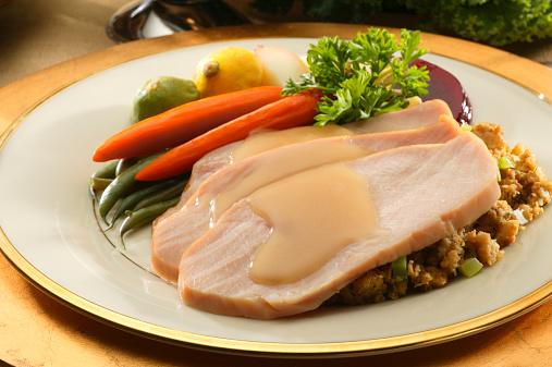 ニンジン「プレート、スライスのトルコとサイドの野菜を調理する」:スマホ壁紙(15)