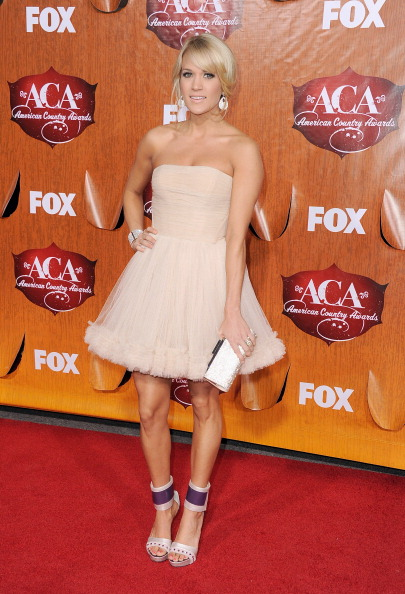 Silver Colored「American Country Awards 2011 - Arrivals」:写真・画像(19)[壁紙.com]