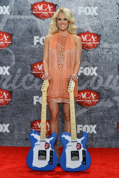 Gold Shoe「2012 American Country Awards - Press Room」:写真・画像(2)[壁紙.com]