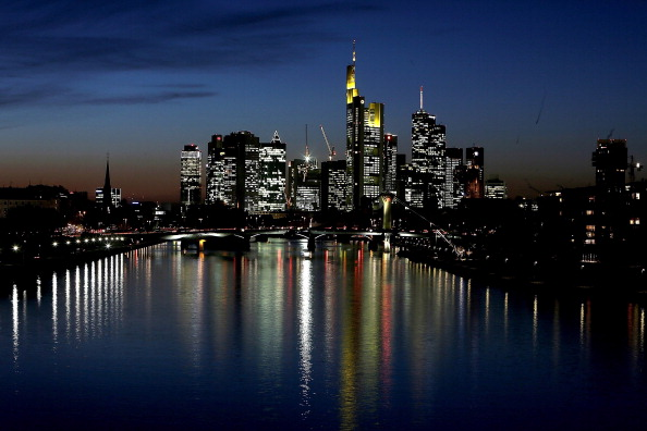 Frankfurt - Main「Frankfurt Skyline At Night」:写真・画像(18)[壁紙.com]