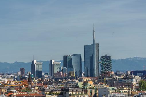 Milan「Skyscrapers in Milan?s skyline」:スマホ壁紙(16)