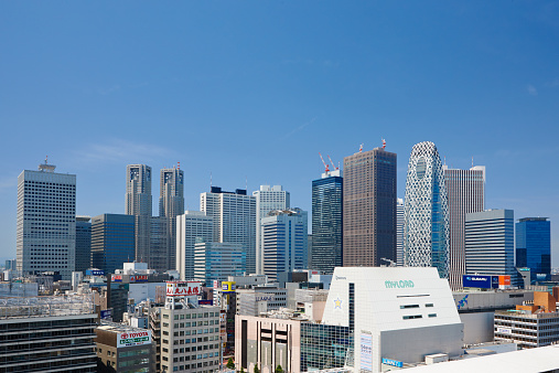 Shinjuku Ward「Skyscrapers of Shinjuku, Tokyo, Japan」:スマホ壁紙(11)