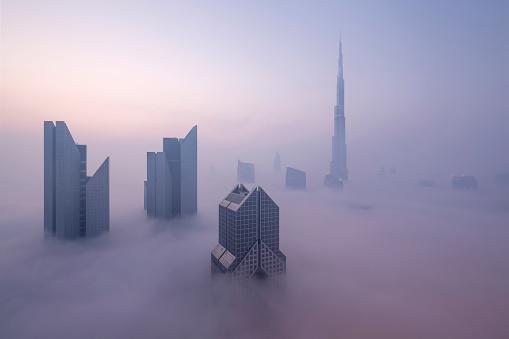 Tall - High「Skyscrapers in fog, Dubai, United Arab Emirates」:スマホ壁紙(7)