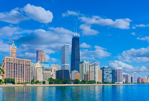 Great Lakes「Skyscrapers of Chicago Illinois skyline,Lake Michigan (P)」:スマホ壁紙(5)