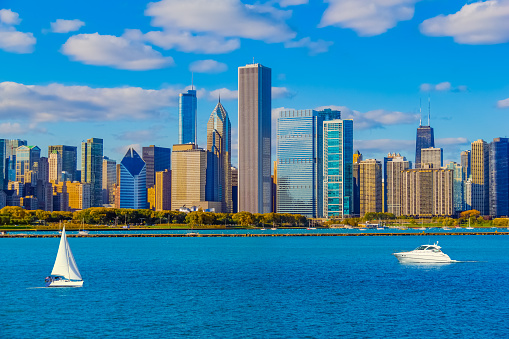 湖「Skyscrapers of the Chicago skyline and Lake Michigan, Ill (P)」:スマホ壁紙(15)