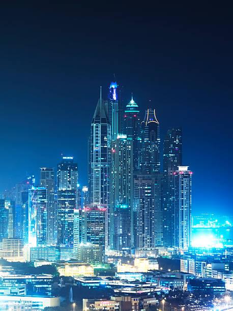Skyscrapers of Dubai Marina at night:スマホ壁紙(壁紙.com)