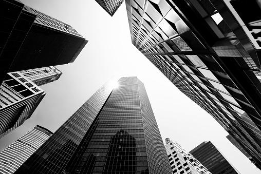 Urban Skyline「Skyscrapers from Below, Lower Manhattan.」:スマホ壁紙(0)