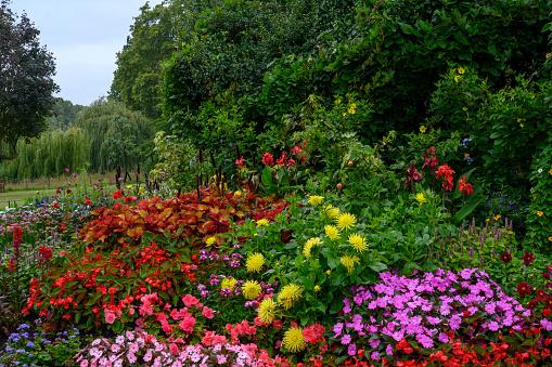 Public Park「Garden in London」:スマホ壁紙(18)
