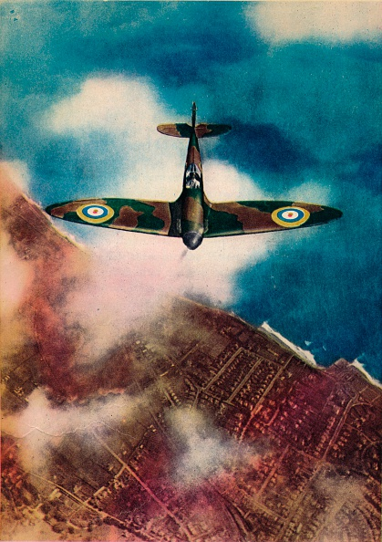High Angle View「A Vickers' Supermarine Spitfire', 1940.」:写真・画像(10)[壁紙.com]