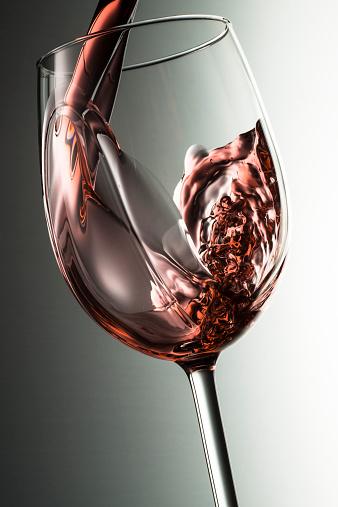 Pouring「Wine Pour」:スマホ壁紙(1)