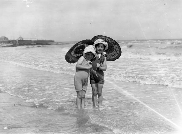 Swimwear「Young Paddlers」:写真・画像(17)[壁紙.com]