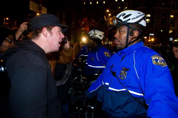 Philadelphia - Pennsylvania「Police Shut Down Occupy Philadelphia Encampment」:写真・画像(0)[壁紙.com]