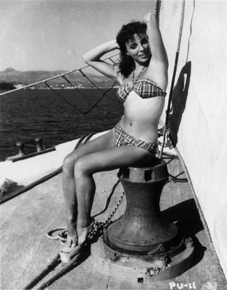 Bikini「Maid Of Honour」:写真・画像(12)[壁紙.com]