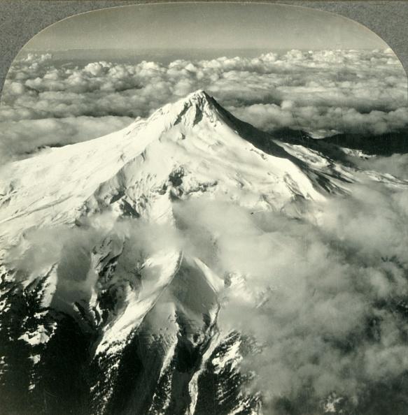 Volcanic Landscape「Mount Hood」:写真・画像(5)[壁紙.com]